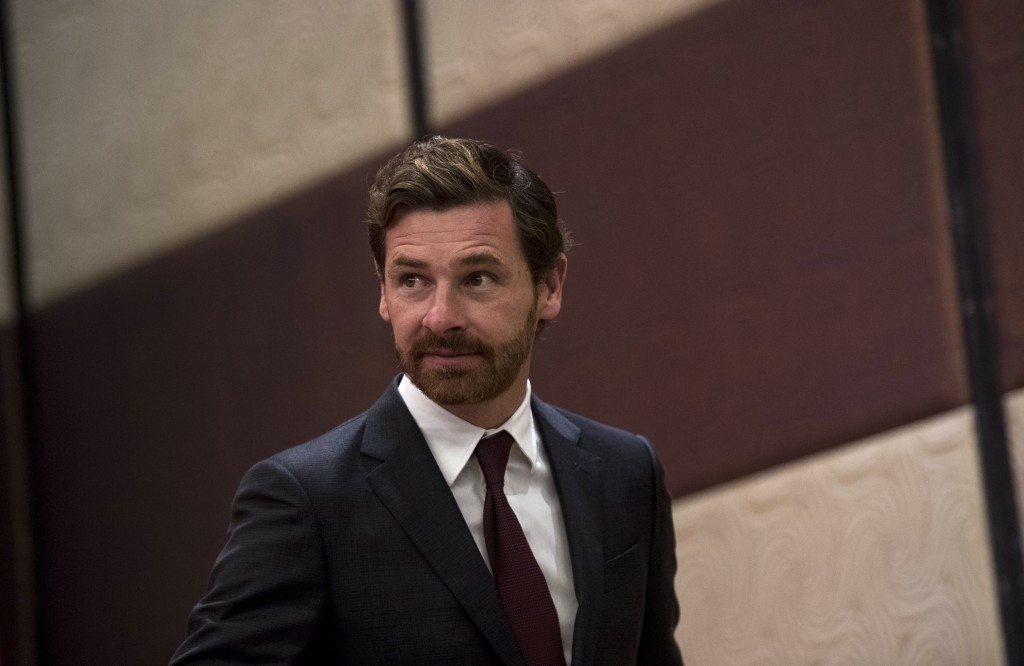 Andre Villas-Boas, the newly announced football coach for Shanghai SIPG, attends a press conference in Shanghai on November 4, 2016. Former Chelsea and Spurs boss Andre Villas-Boas was unveiled as the new coach of Shanghai SIPG on November 4, replacing Sven-Goran Eriksson who was shown the door after guiding the team to third in the Chinese Super League. / AFP / Johannes EISELE (Photo credit should read JOHANNES EISELE/AFP/Getty Images)