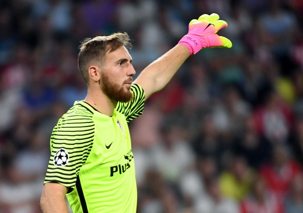 Atletico Madrid's Slovenian goalkeeper Jan Oblak gestures during the UEFA Champions League football match between PSV Eindhoven and Atletico Madrid at Philips Stadium on September 13, 2016, in Eindhoven, The Netherlands. / AFP / EMMANUEL DUNAND (Photo credit should read EMMANUEL DUNAND/AFP/Getty Images)