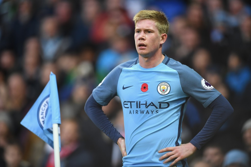 MANCHESTER, ENGLAND - NOVEMBER 05: Kevin De Bruyne of Manchester City looks on during the Premier League match between Manchester City and Middlesbrough at Etihad Stadium on November 5, 2016 in Manchester, England. (Photo by Laurence Griffiths/Getty Images)