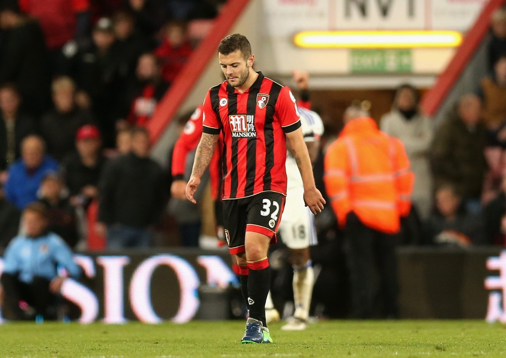 BOURNEMOUTH, ENGLAND - NOVEMBER 05: Jack Wilshere of AFC Bournemouth is dejected after the final whislte during the Premier League match between AFC Bournemouth and Sunderland at Vitality Stadium on November 5, 2016 in Bournemouth, England. (Photo by Alex Morton/Getty Images)