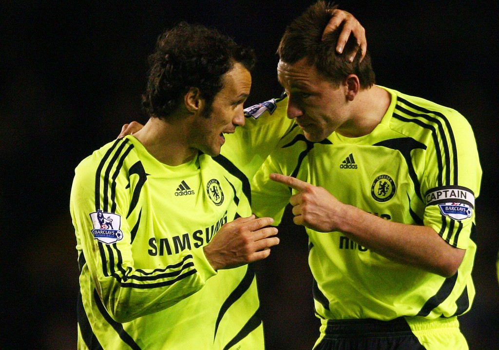 Chelsea's English defender John Terry (R) and Portuguese defender Ricardo Carvalho celebrate beating Everton after their English Premier League football match at Goodison Park in Liverpool, north-west England, on April 17, 2008. Chelsea won 1-0. (Photo by Paul Ellis/AFP/Getty Images)