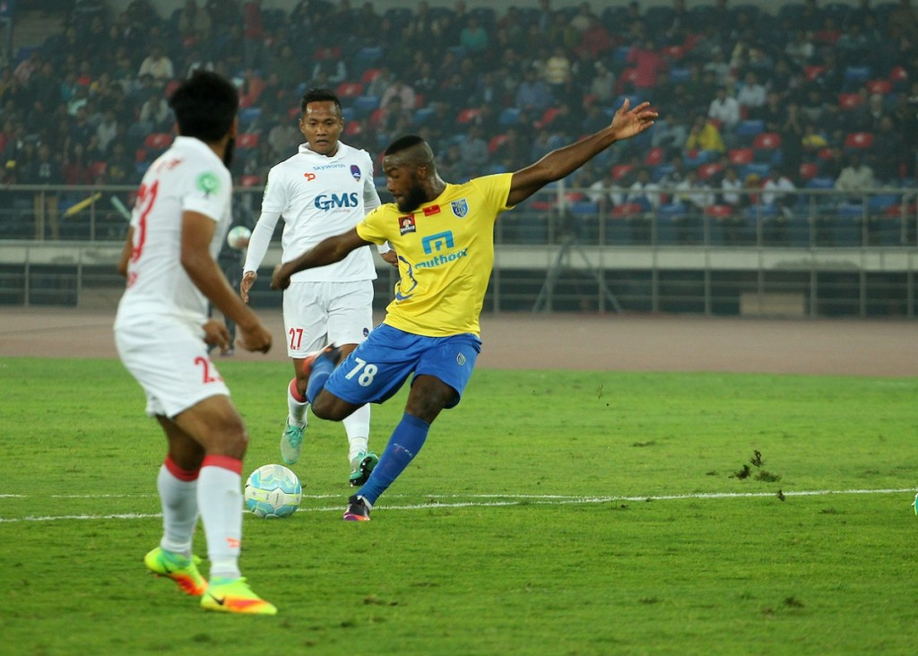 A brilliant Duckens Nazon solo effort was the highlight of the match. (Picture Courtesy - ISL)