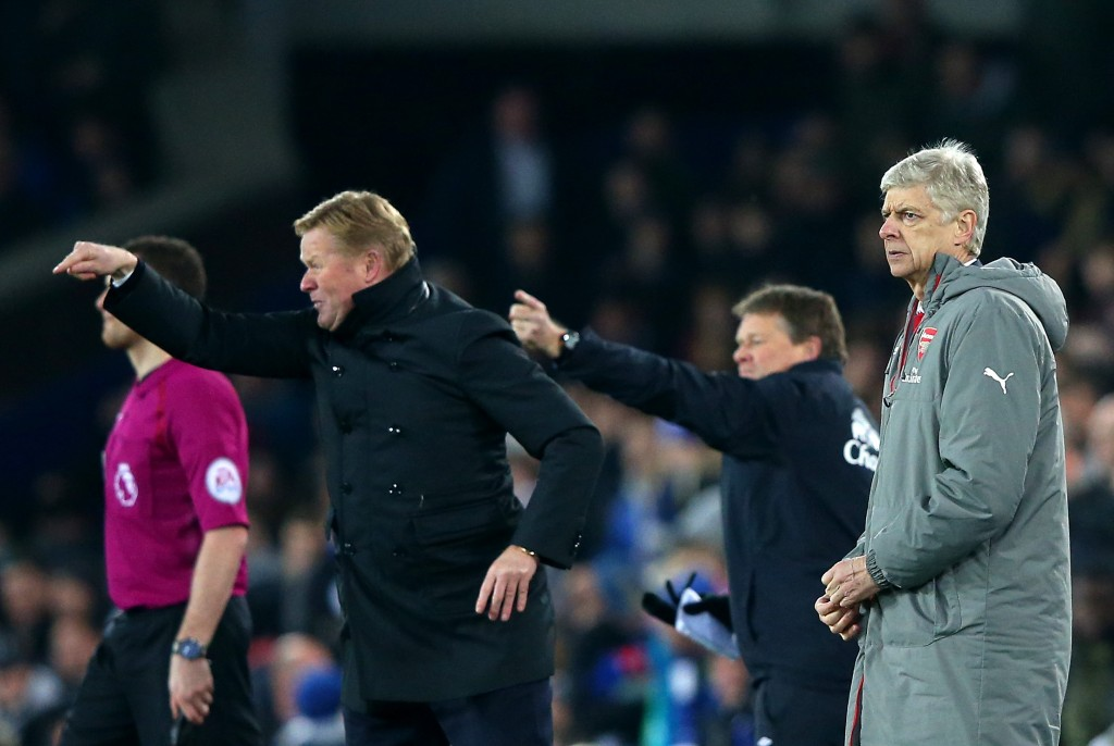 LIVERPOOL, ENGLAND - DECEMBER 13: Arsene Wenger, Manager of Arsenal looks on as Ronald Koeman, Manager of Everton directs his players during the Premier League match between Everton and Arsenal at Goodison Park on December 13, 2016 in Liverpool, England. (Photo by Alex Livesey/Getty Images)