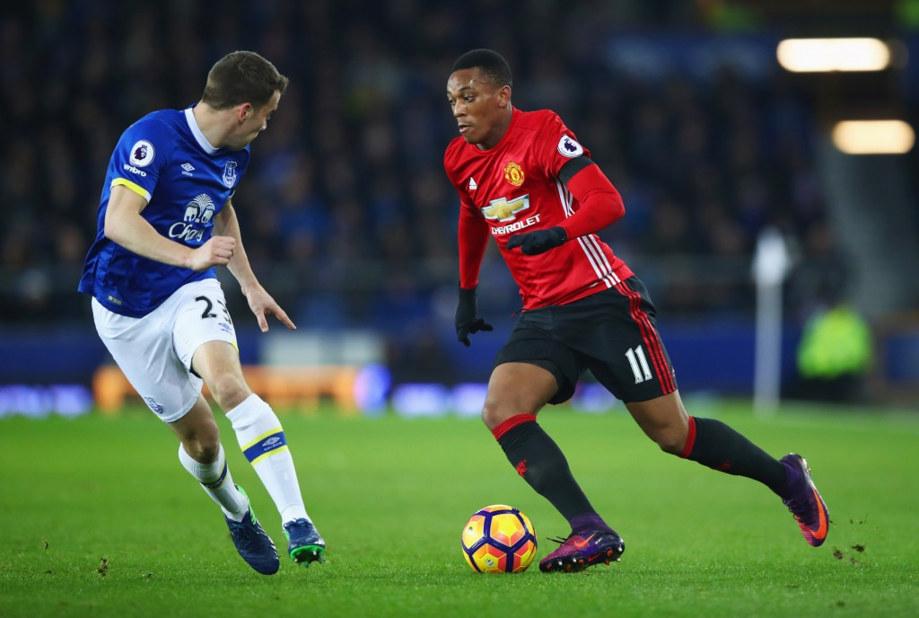 LIVERPOOL, ENGLAND - DECEMBER 04: nthony Martial of Manchester United is faced by Seamus Coleman of Everton during the Premier League match between Everton and Manchester United at Goodison Park on December 4, 2016 in Liverpool, England. (Photo by Clive Brunskill/Getty Images)