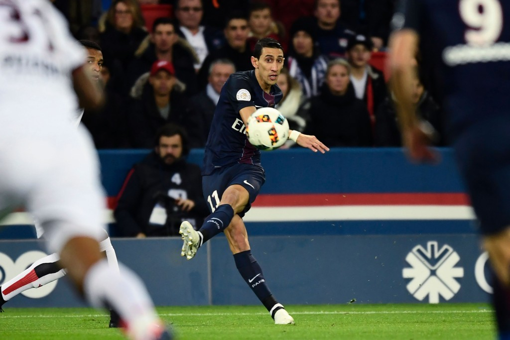 Paris Saint-Germain's Argentinian forward Angel Di Maria kicks the ball during the French L1 football match between Paris Saint-Germain (PSG) and OGC Nice on December 11, 2016 at the Parc des Princes Stadium in Paris. (Photo by Miguel Medina/AFP/Getty Images)