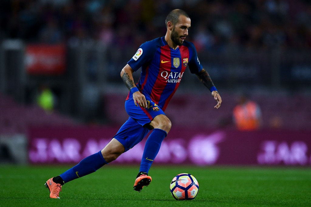 BARCELONA, SPAIN - SEPTEMBER 10: Aleix Vidal of FC Barcelona runs with the ball during the La Liga match between FC Barcelona and Deportivo Alaves at Camp Nou stadium on September 10, 2016 in Barcelona, Spain. (Photo by David Ramos/Getty Images)