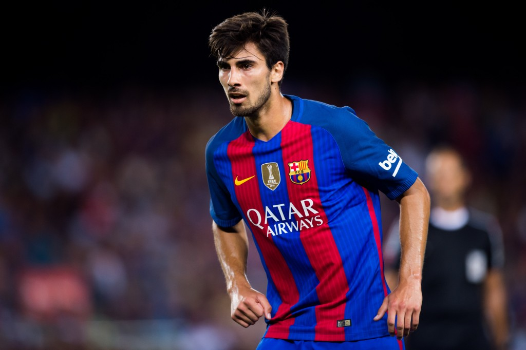 BARCELONA, SPAIN - AUGUST 10: Andre Gomes of FC Barcelona looks on during the Joan Gamper trophy match between FC Barcelona and UC Sampdoria at Camp Nou on August 10, 2016 in Barcelona, Spain. (Photo by Alex Caparros/Getty Images)