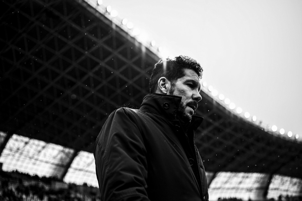 SAN SEBASTIAN, SPAIN - NOVEMBER 05: (EDITORS NOTE: This images has been converted to black and white) Head coach Diego Pablo Simeone of Atletico Madrid looks on during the La Liga match between Real Sociedad de Futbol and Atletico de Madrid at Anoeta stadium on November 5, 2016 in San Sebastian, Spain. (Photo by David Ramos/Getty Images)