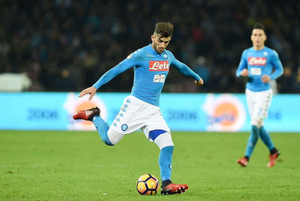 NAPLES, ITALY - NOVEMBER 28: Elseid Hysaj of SSC Napoli in action during the Serie A match between SSC Napoli and US Sassuolo November 28, 2016 in Naples, Italy. (Photo by Francesco Pecoraro/Getty Images)