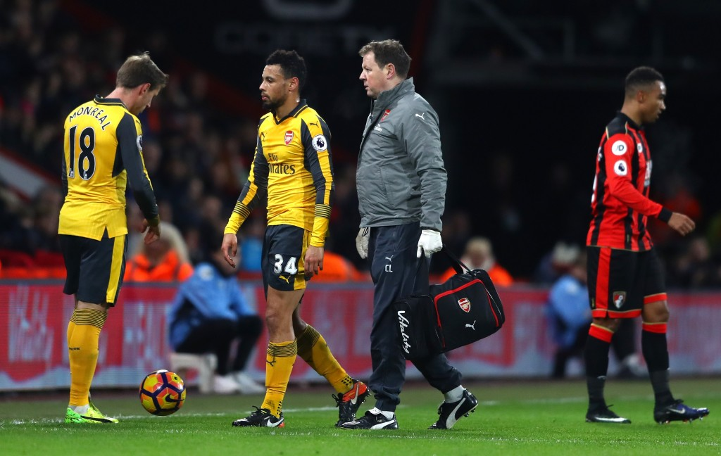 BOURNEMOUTH, ENGLAND - JANUARY 03: Francis Coquelin (2nd L) of Arsneal walks off the pitch after picking up an injury during the Premier League match between AFC Bournemouth and Arsenal at Vitality Stadium on January 3, 2017 in Bournemouth, England. (Photo by Michael Steele/Getty Images)