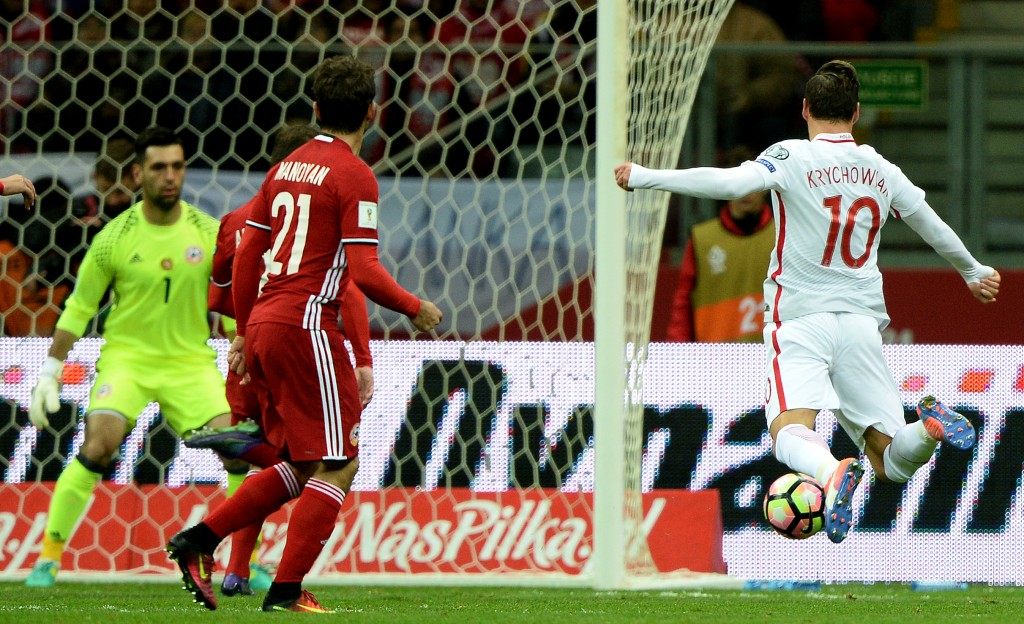 Will Krychowiak be able to score a move to Emirates? (Picture Courtesy - AFP/Getty Images)