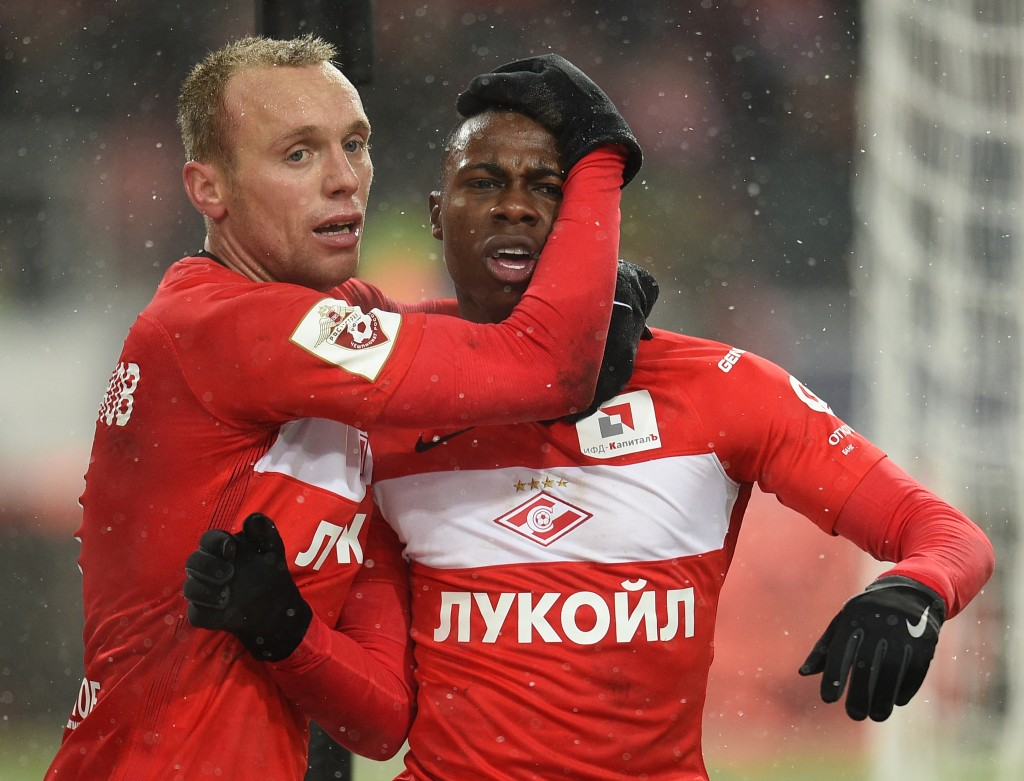 MOSCOW, RUSSIA - DECEMBER 05: Quincy Promes and Denis Glushakov of FC Spartak Moscow celebrates after scoring a goal during the Russian Premier League match between FC Spartak Moscow v FC Rubin Kazan at Otkrytie Arena Stadium on December 05, 2016 in Moscow, Russia. (Photo by Epsilon/Getty Images)