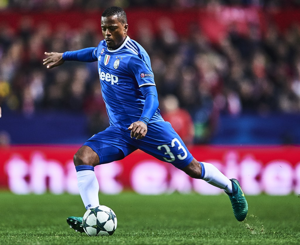 SEVILLE, SPAIN - NOVEMBER 22: Patrice Evra of Juventus in action during the UEFA Champions League match between Sevilla FC and Juventus at Estadio Ramon Sanchez Pizjuan on November 22, 2016 in Seville, Spain. (Photo by Aitor Alcalde/Getty Images)