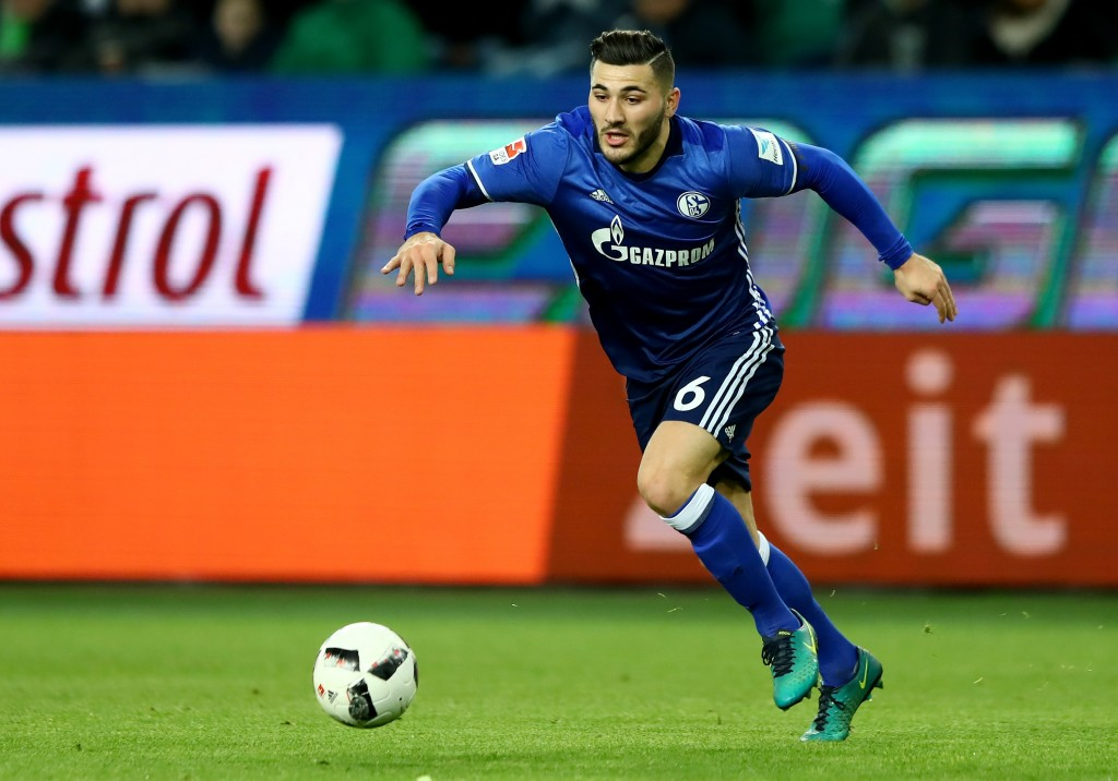 WOLFSBURG, GERMANY - NOVEMBER 19: Sead Kolasinac of Schalke runs with the ball during the Bundesliga match between VfL Wolfsburg and FC Schalke 04 at Volkswagen Arena on November 19, 2016 in Wolfsburg, Germany. (Photo by Martin Rose/Bongarts/Getty Images)