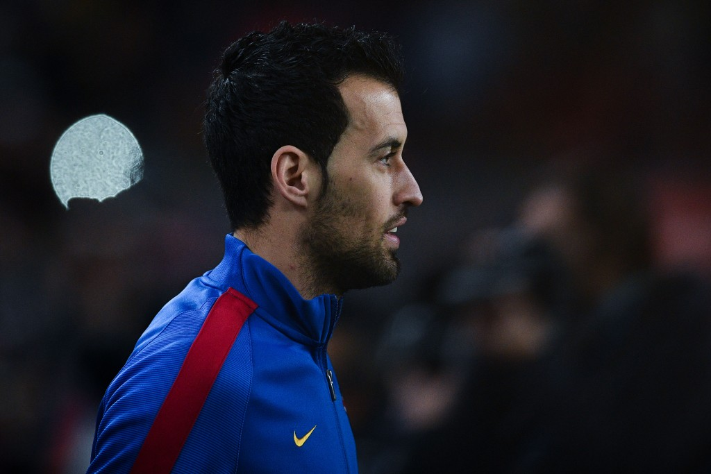 BARCELONA, SPAIN - JANUARY 11: Sergio Busquets of FC Barcelona looks on prior to the kick-off of the Copa del Rey round of 16 second leg match between FC Barcelona and Athletic Club at Camp Nou on January 11, 2017 in Barcelona, Spain. (Photo by David Ramos/Getty Images)