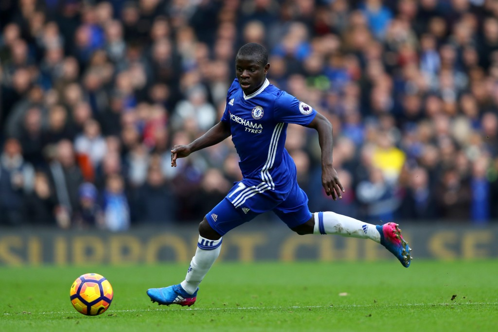 LONDON, ENGLAND - FEBRUARY 04: Ngolo Kante of Chelsea in action during the Premier League match between Chelsea and Arsenal at Stamford Bridge on February 4, 2017 in London, England. (Photo by Clive Rose/Getty Images)