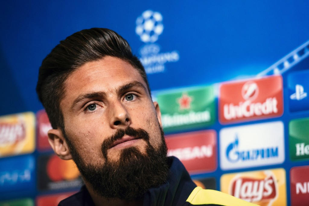 Arsenal's French forward Olivier Giroud gives a press conference on the eve of the UEFA Champions League group A football match between Ludogorets and Arsenal in Sofia on October 31, 2016. / AFP / DIMITAR DILKOFF (Photo credit should read DIMITAR DILKOFF/AFP/Getty Images)