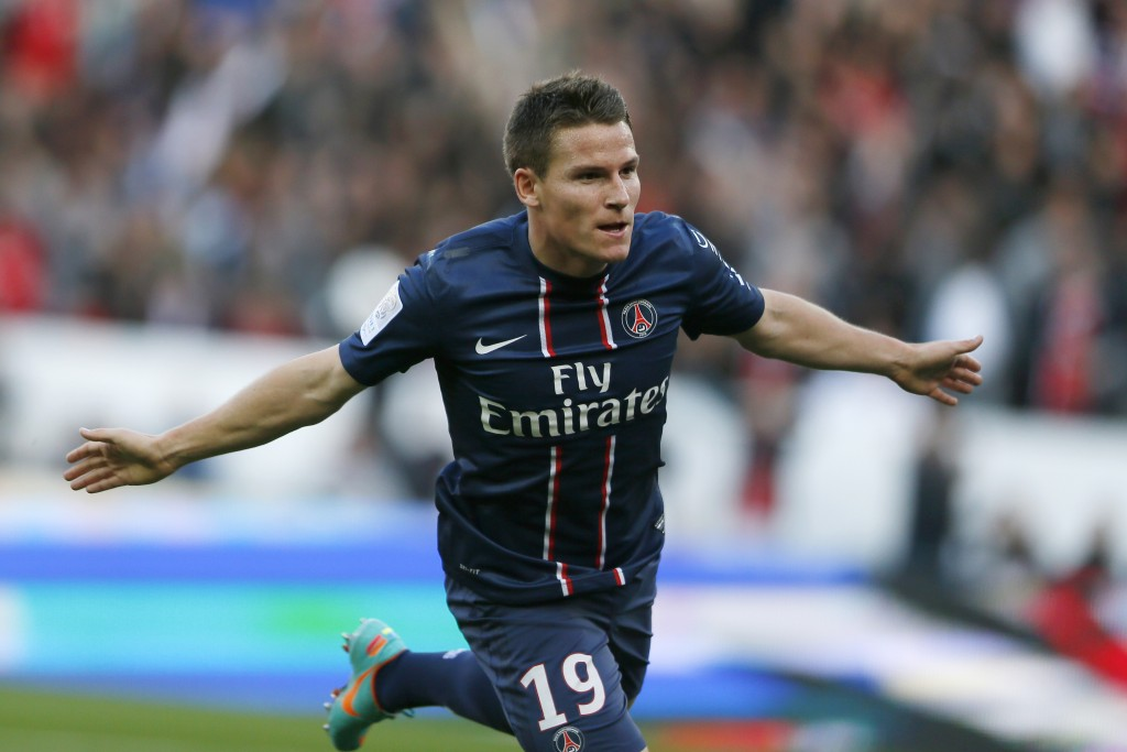 Paris Saint-Germain's French forward Kevin Gameiro reacts after scorring a goal during the French L1 football match Paris (PSG) vs Sochaux (FCS) on September 29, 2012 at the Parc des Princes stadium in Paris. AFP PHOTO KENZO TRIBOUILLARD (Photo credit should read KENZO TRIBOUILLARD/AFP/GettyImages)