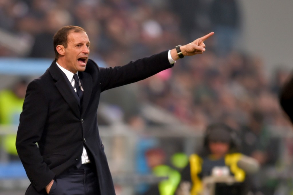 """Juventus' coach from Italy Massimiliano Allegri gestures during the Italian Serie A football match Sassuolo vs Juventus at """"Mapei Stadium"""" in Reggio Emilia on January 29, 2017. / AFP / GIUSEPPE CACACE (Photo credit should read GIUSEPPE CACACE/AFP/Getty Images)"""