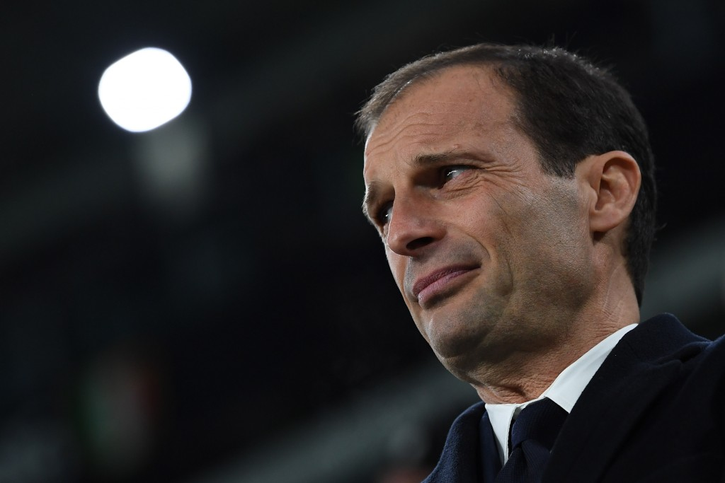 TURIN, ITALY - FEBRUARY 05: Juventus FC ihead coach Massimiliano Allegri looks on during the Serie A match between Juventus FC and FC Internazionale at Juventus Stadium on February 5, 2017 in Turin, Italy. (Photo by Valerio Pennicino/Getty Images)