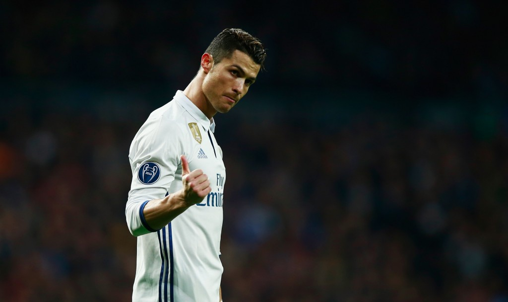 MADRID, SPAIN - FEBRUARY 15: Cristiano Ronaldo of Real Madrid gestures during the UEFA Champions League Round of 16 first leg match between Real Madrid CF and SSC Napoli at Estadio Santiago Bernabeu on February 15, 2017 in Madrid, Spain. (Photo by Gonzalo Arroyo Moreno/Getty Images)