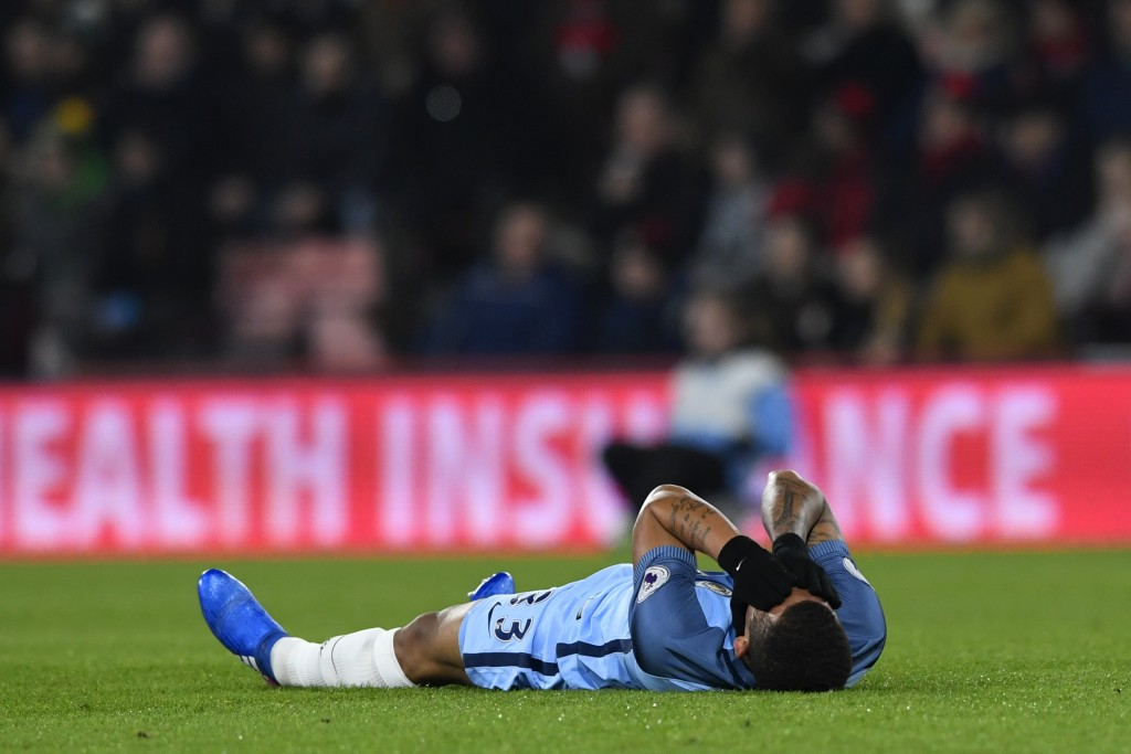BOURNEMOUTH, ENGLAND - FEBRUARY 13: Gabriel Jesus of Manchester City reacts as he lies injured on the turf during the Premier League match between AFC Bournemouth and Manchester City at Vitality Stadium on February 13, 2017 in Bournemouth, England. (Photo by Stu Forster/Getty Images)