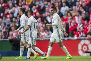 Athletic Bilbao 1-2 Real Madrid: Casemiro nets a rare goal to send Los Blancos five points clear on top [Video]