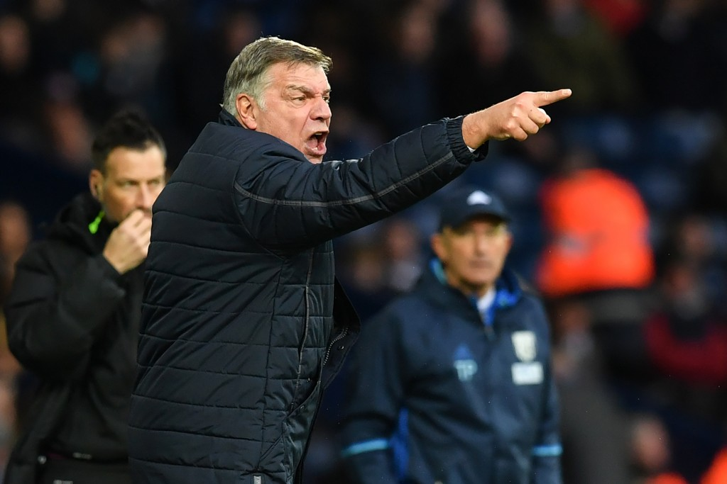 Sam Allardyce won't be happy with the shoddy defensive performance. (Picture Courtesy - AFP/Getty Images)