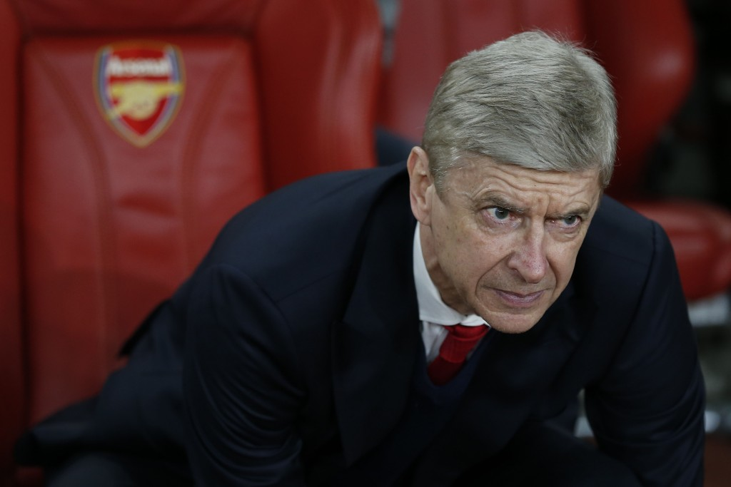 Arsenal's French manager Arsene Wenger looks on before the UEFA Champions League last 16 second leg football match between Arsenal and Bayern Munich at The Emirates Stadium in London on March 7, 2017. / AFP PHOTO / IKIMAGES / Ian KINGTON (Photo credit should read IAN KINGTON/AFP/Getty Images)
