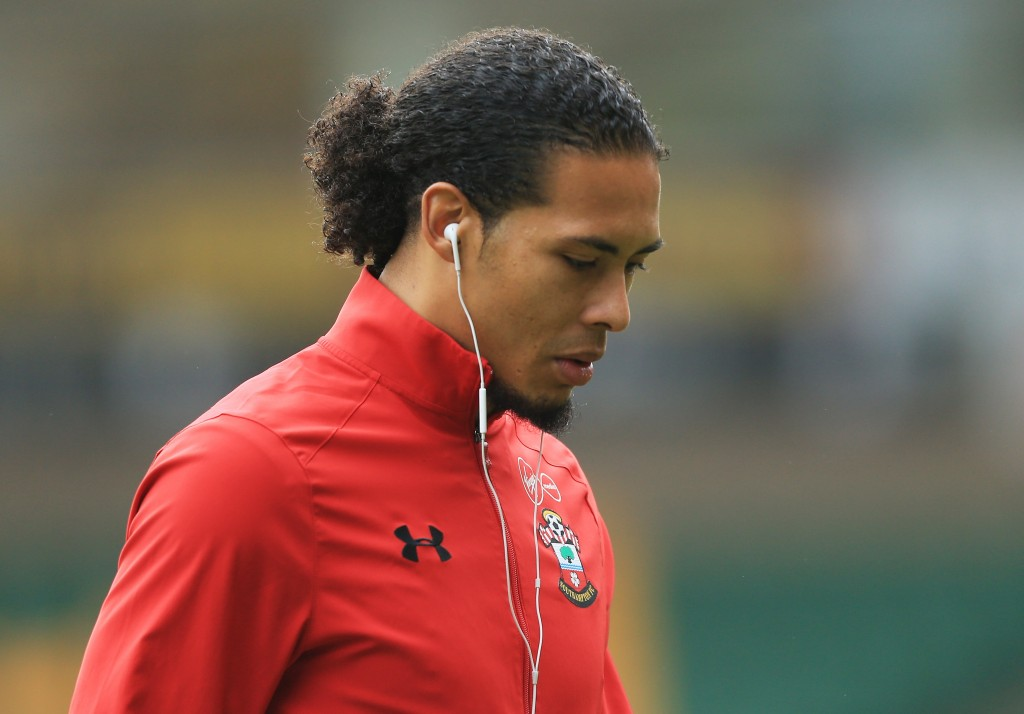 NORWICH, ENGLAND - JANUARY 07: Virgil van Dijk of Southampton looks on during the Emirates FA Cup Third Round match between Norwich City and Southampton at Carrow Road on January 7, 2017 in Norwich, England. (Photo by Stephen Pond/Getty Images)