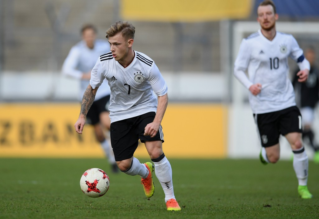 STUTTGART, GERMANY - MARCH 28: Max Meyer of Germany controls the ball during the U21 International Friendly match between Germany U21 and Portugal U21 at Gazi-Stadion auf der Waldau on March 28, 2017 in Stuttgart, Germany. (Photo by Matthias Hangst/Bongarts/Getty Images)
