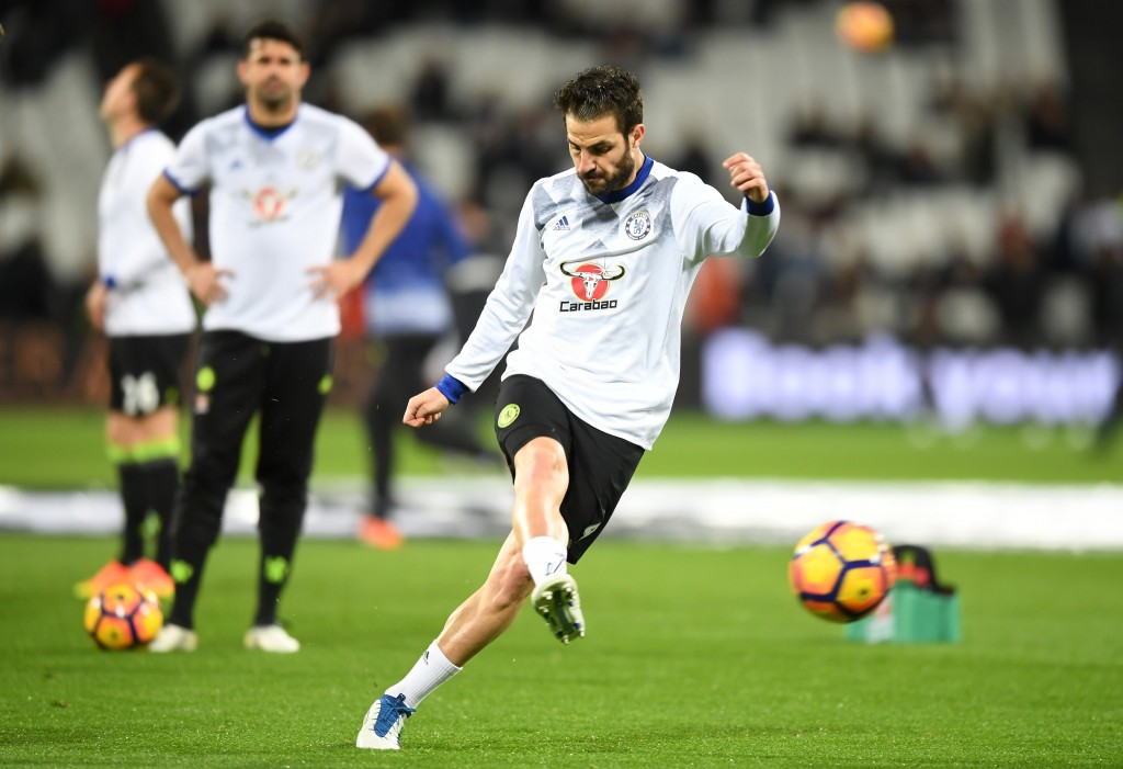 STRATFORD, ENGLAND - MARCH 06: Cesc Fabregas of Chelsea warms up prior to the Premier League match between West Ham United and Chelsea at London Stadium on March 6, 2017 in Stratford, England. (Photo by Michael Regan/Getty Images)