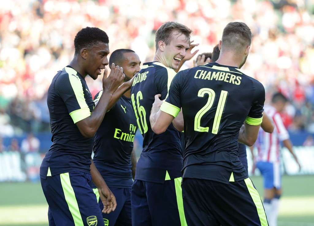 Wenger started with a centre-back pairing of Rob Holding and Calum Chambers for the game, hardly the pairing you see a top club deploy, that too against a fellow league rival. (Picture Courtesy - AFP/Getty Images)