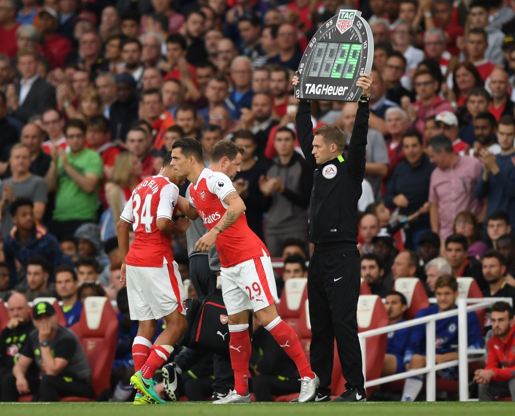 Wenger was tactically outdone by Guardiola, who chose to target the Xhaka-Coquelin pivot. (Picture Courtesy - AFP/Getty Images)