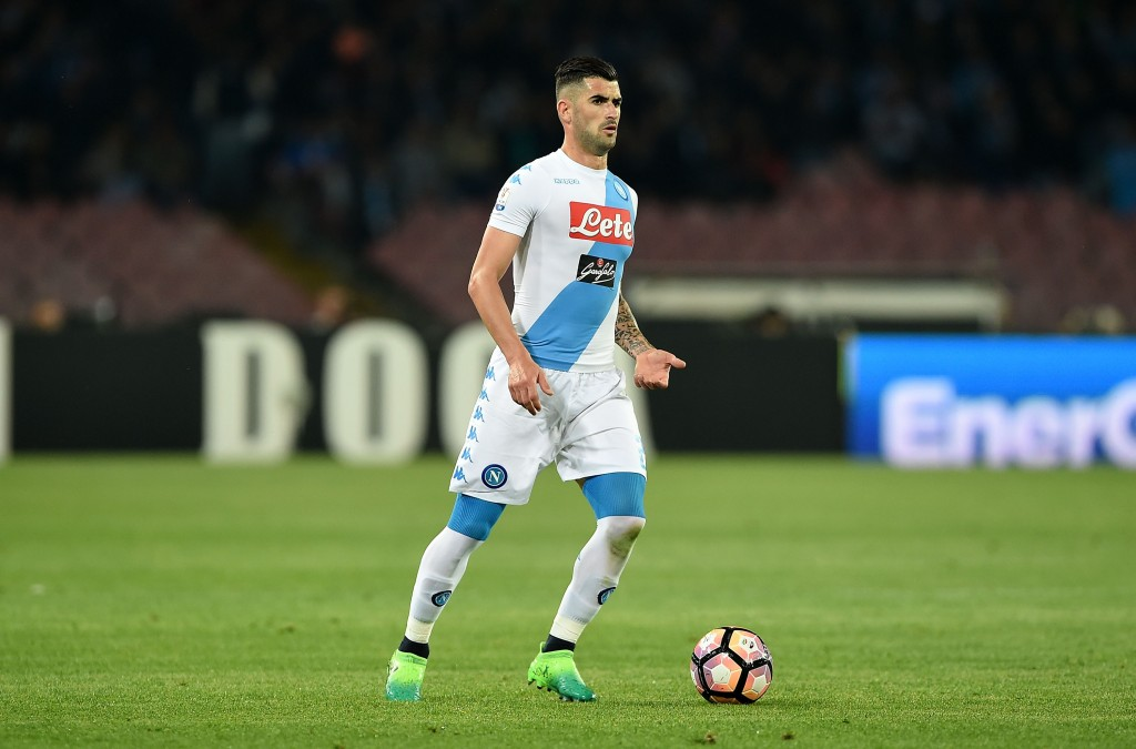 NAPLES, ITALY - APRIL 05: Elseid Hysaj of SSC Napoli in action during the TIM Cup match between SSC Napoli and Juventus FC at Stadio San Paolo on April 5, 2017 in Naples, Italy. (Photo by Francesco Pecoraro/Getty Images)