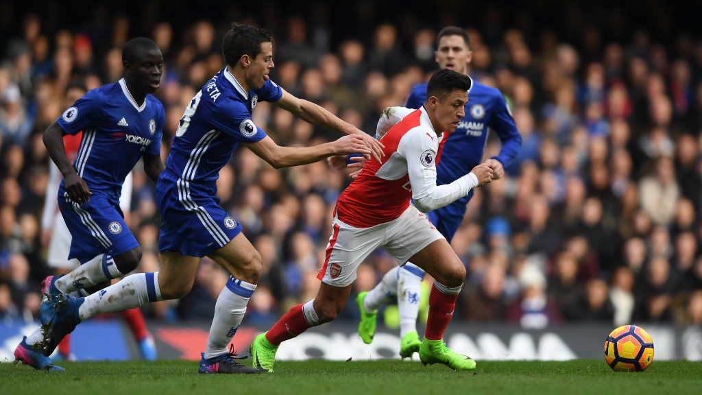 LONDON, ENGLAND - FEBRUARY 04: Alexis Sanchez of Arsenal is challenged by Cesar Azpilicueta of Chelsea during the Premier League match between Chelsea and Arsenal at Stamford Bridge on February 4, 2017 in London, England. (Photo by Mike Hewitt/Getty Images)