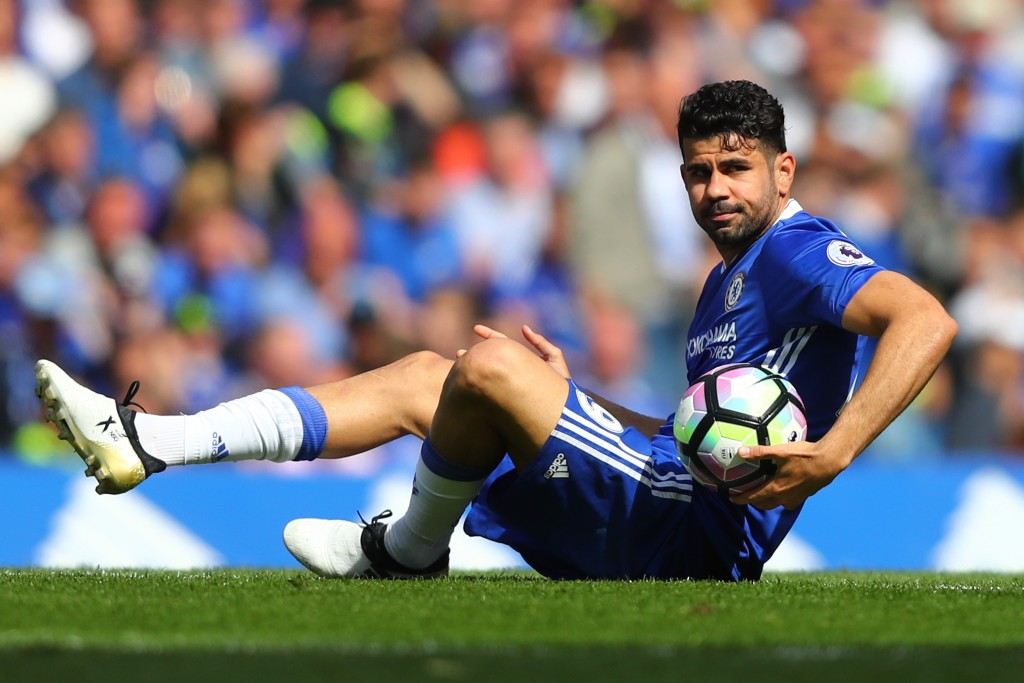 LONDON, ENGLAND - MAY 21: Diego Costa of Chelsea reacts during the Premier League match between Chelsea and Sunderland at Stamford Bridge on May 21, 2017 in London, England. (Photo by Clive Rose/Getty Images)