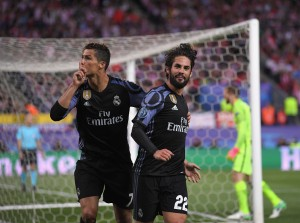 Real Madrid vs Malaga: Twitter reacts as goals from Ronaldo and Benzema propel them to winning the La Liga trophy