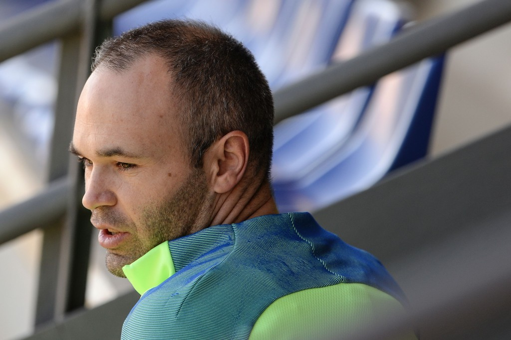 Barcelona's midfielder Andres Iniesta arrives for a training session at the Sports Center FC Barcelona Joan Gamper in Sant Joan Despi, near Barcelona on April 22, 2017 on the eve of their Spanish League Clasico football match Real Madrid vs FC Barcelona. / AFP PHOTO / Josep LAGO (Photo credit should read JOSEP LAGO/AFP/Getty Images)