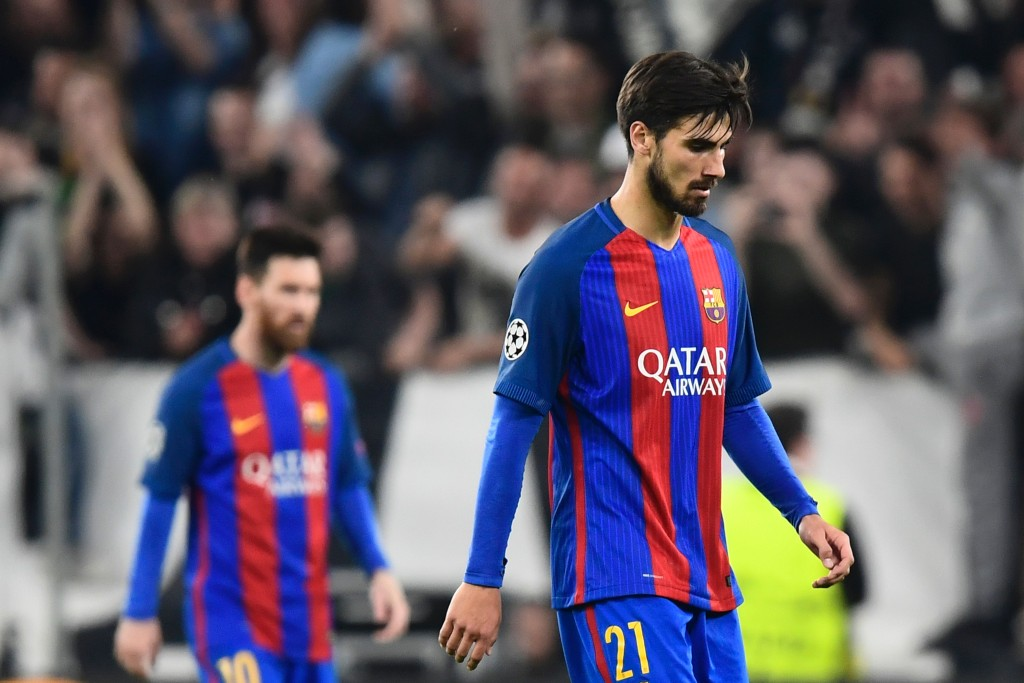 Pique illness leaves Barca short-staffed in defence against Las Palmas