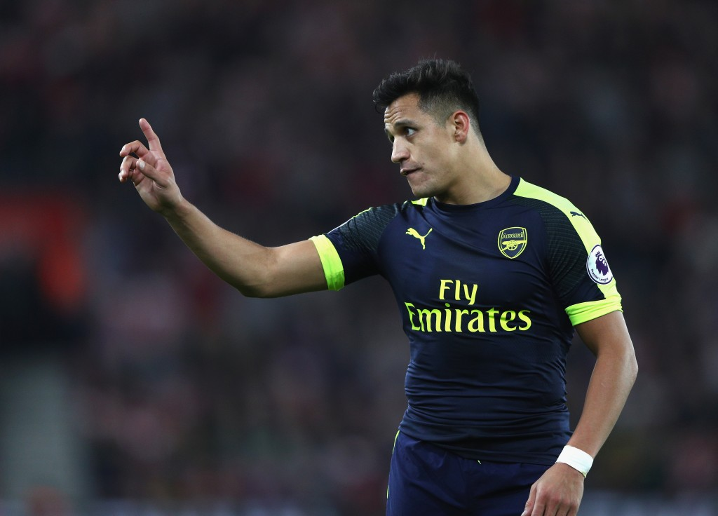 SOUTHAMPTON, ENGLAND - MAY 10: Alexis Sanchez of Arsenal gestures during the Premier League match between Southampton and Arsenal at St Mary's Stadium on May 10, 2017 in Southampton, England. (Photo by Ian Walton/Getty Images)