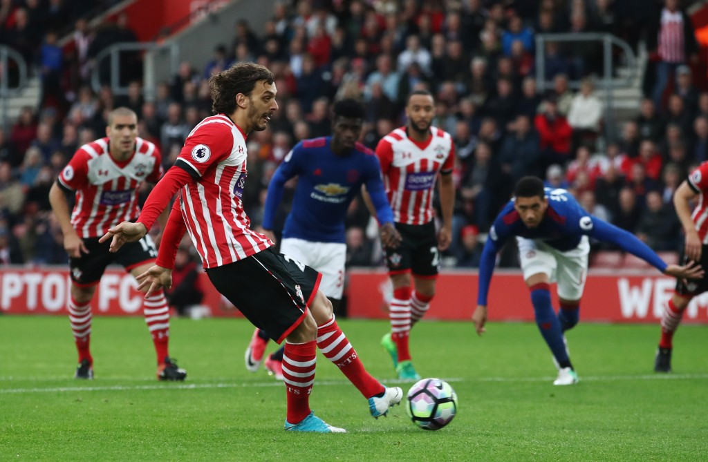 SOUTHAMPTON, ENGLAND - MAY 17: Manolo Gabbiadini of Southampton misses a penalty during the Premier League match between Southampton and Manchester United at St Mary's Stadium on May 17, 2017 in Southampton, England. (Photo by Julian Finney/Getty Images)