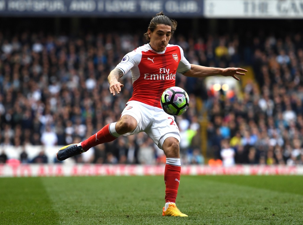 LONDON, ENGLAND - APRIL 30: Hector Bellerin of Arsenal in action during the Premier League match between Tottenham Hotspur and Arsenal at White Hart Lane on April 30, 2017 in London, England. (Photo by Shaun Botterill/Getty Images)