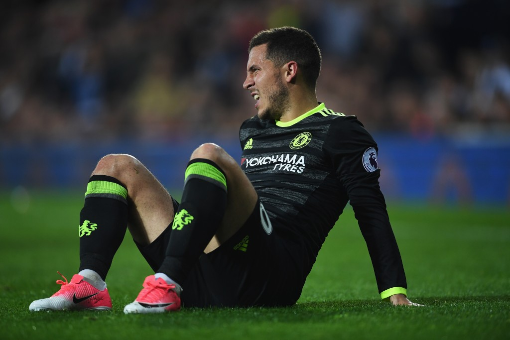 WEST BROMWICH, ENGLAND - MAY 12: Eden Hazard of Chelsea reacts during the Premier League match between West Bromwich Albion and Chelsea at The Hawthorns on May 12, 2017 in West Bromwich, England. (Photo by Laurence Griffiths/Getty Images)