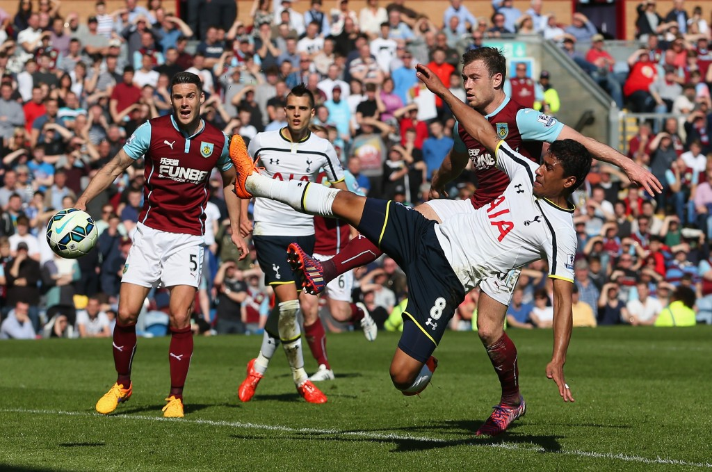 BURNLEY, ENGLAND - APRIL 05: Paulinho of Spurs shoots during the Barclays Premier League match between Burnley and Tottenham Hotspur at Turf Moor on April 5, 2015 in Burnley, England. (Photo by Jan Kruger/Getty Images)