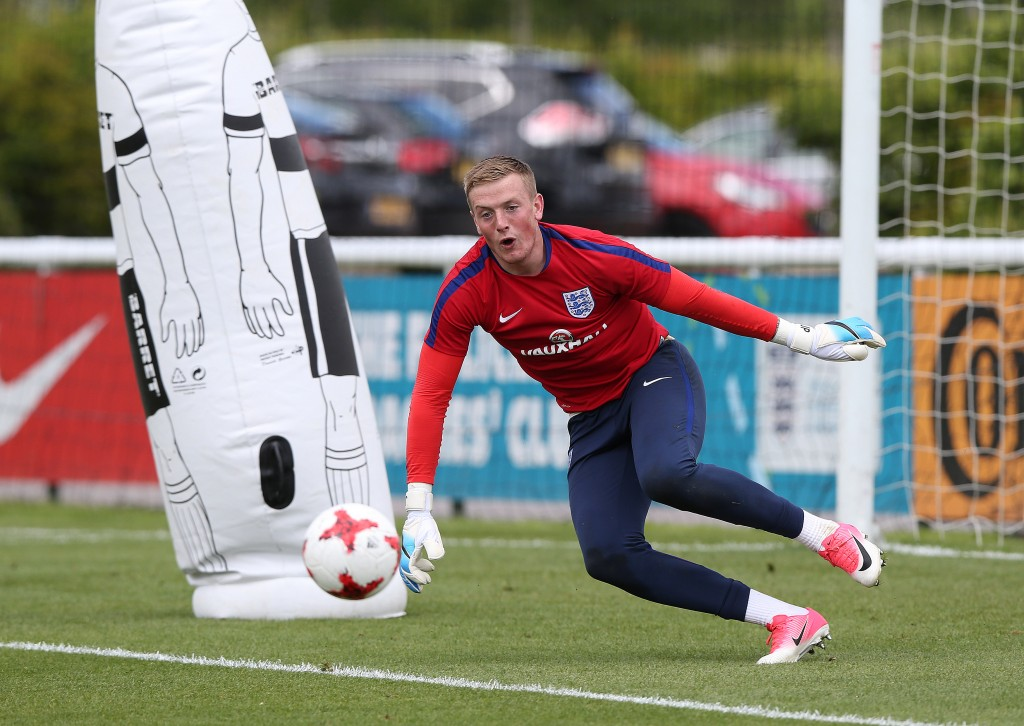 BURTON-UPON-TRENT, ENGLAND - JUNE 07: Jordan Pickford of England during a training session at St Georges Park on June 7, 2017 in Burton-upon-Trent, England. (Photo by Nigel Roddis/Getty Images)