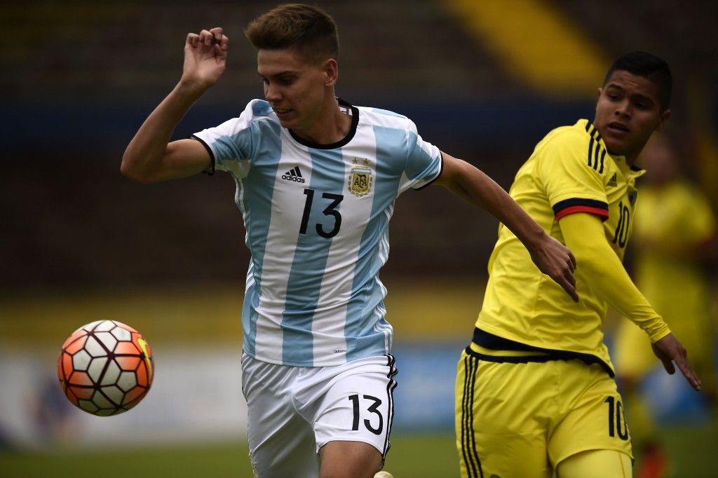 Juan Foyth misses out for Argentina (Photo by Rodrigo Buendia/AFP/Getty Images)