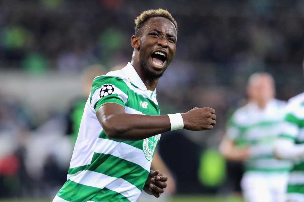 MOENCHENGLADBACH, GERMANY - NOVEMBER 01: Moussa Dembele of Celtic celebrates scoring his sides first goal during the UEFA Champions League Group C match between VfL Borussia Moenchengladbach and Celtic at Borussia-Park on November 1, 2016 in Moenchengladbach, Germany. (Photo by Simon Hofmann/Bongarts/Getty Images)
