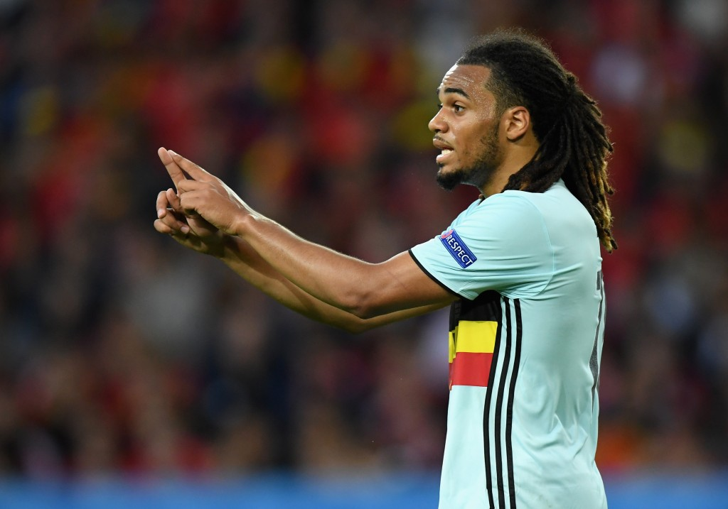 Denayer in doubt. (Photo by Matthias Hangst/Getty Images)
