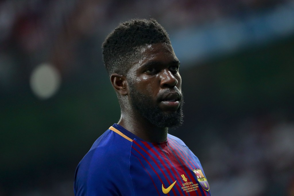 MADRID, SPAIN - AUGUST 16: Samuel Umiti of FC Barcelona looks on during the Supercopa de Espana Final 2nd Leg match between Real Madrid and FC Barcelona at Estadio Santiago Bernabeu on August 16, 2017 in Madrid, Spain. (Photo by Gonzalo Arroyo Moreno/Getty Images)